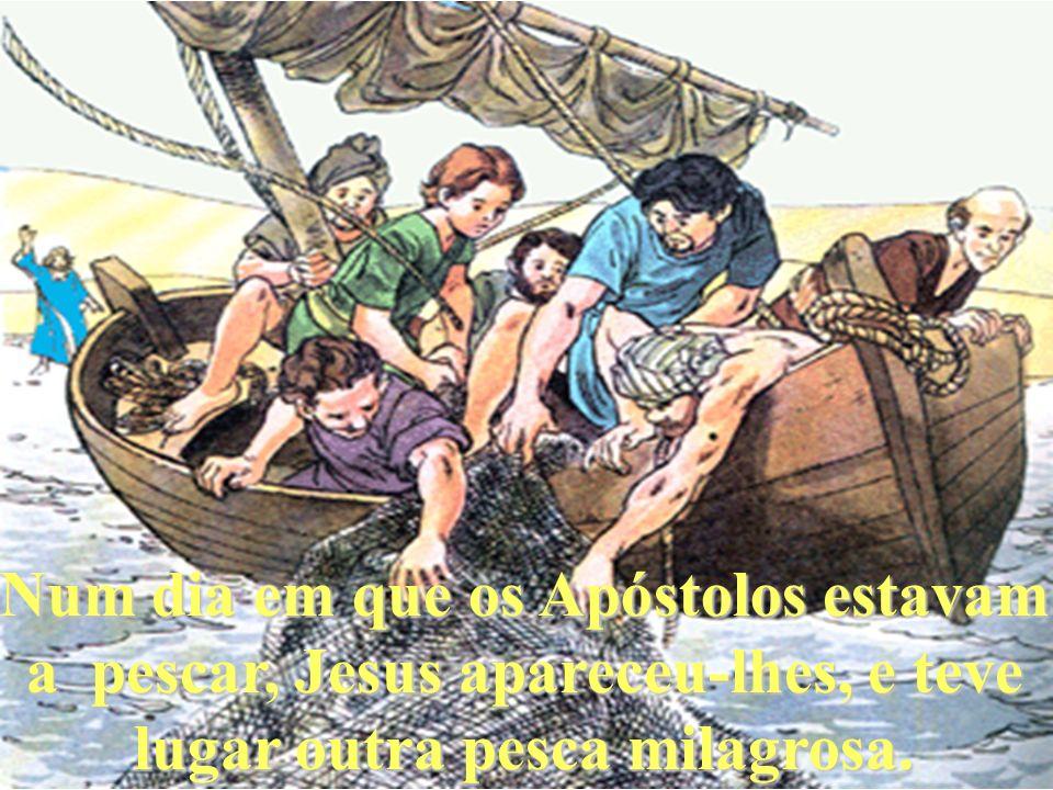 Jesus apareceu também a uns discípulos que iam a caminho de Emaús.
