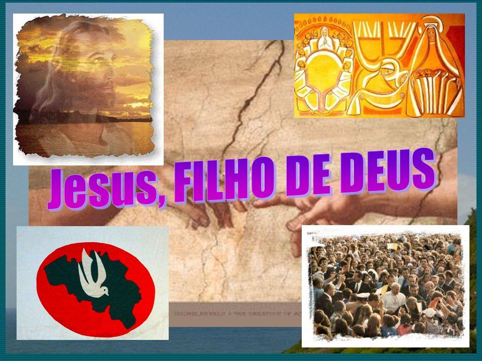25De madrugada, Jesus foi ter com eles, caminhando sobre o mar.