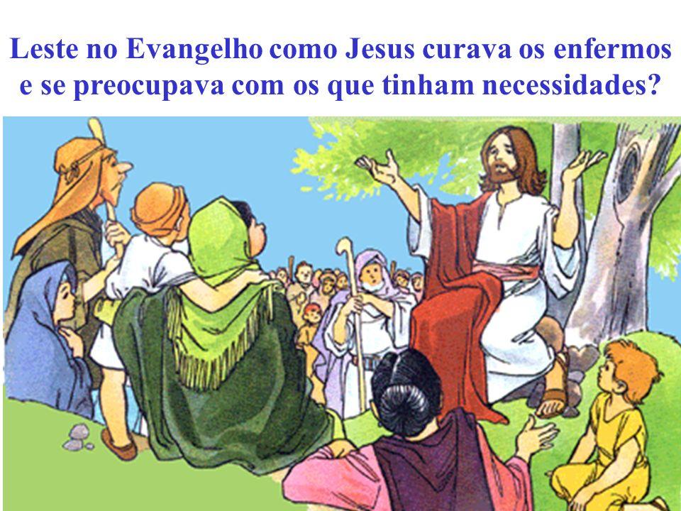 Um dia, os Apóstolos avisaram Jesus para despedir a multidão, para que pudessem comprar algo para comer, nas aldeias próximas.