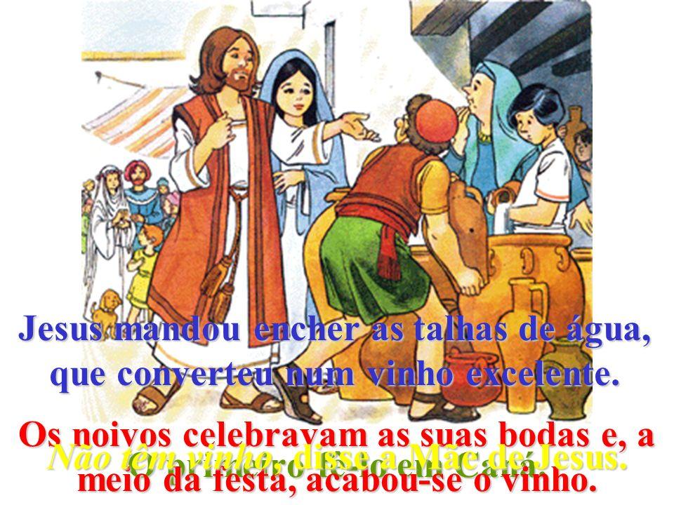 Jesus faz milagres