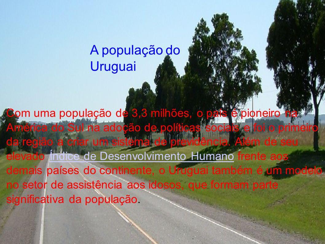 i Com uma população de 3,3 milhões, o país é pioneiro na América do Sul na adoção de políticas sociais e foi o primeiro da região a criar um sistema d
