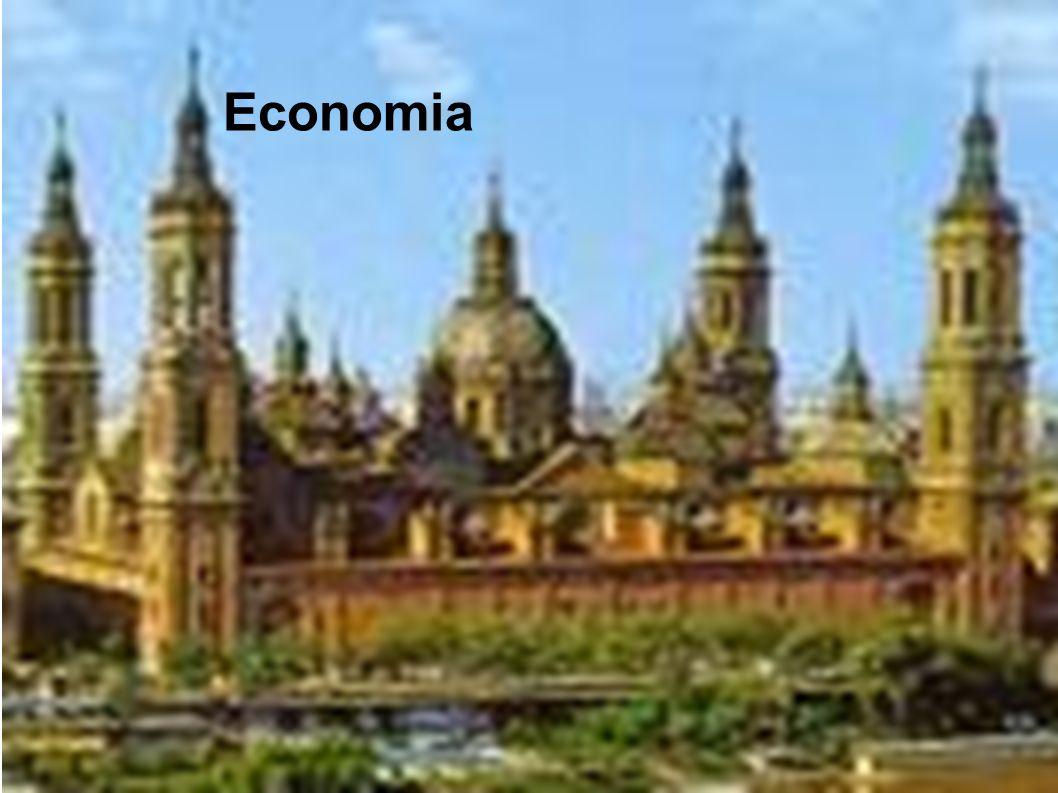 DADOS PRINCIPAIS ÁREA: 505.954 km² CAPITAL: MadriMadri POPULAÇÃO: 44,7 milhões (estimativa 2005) MOEDA: Euro - EUREuro NOME OFICIAL : Reino da Espanha