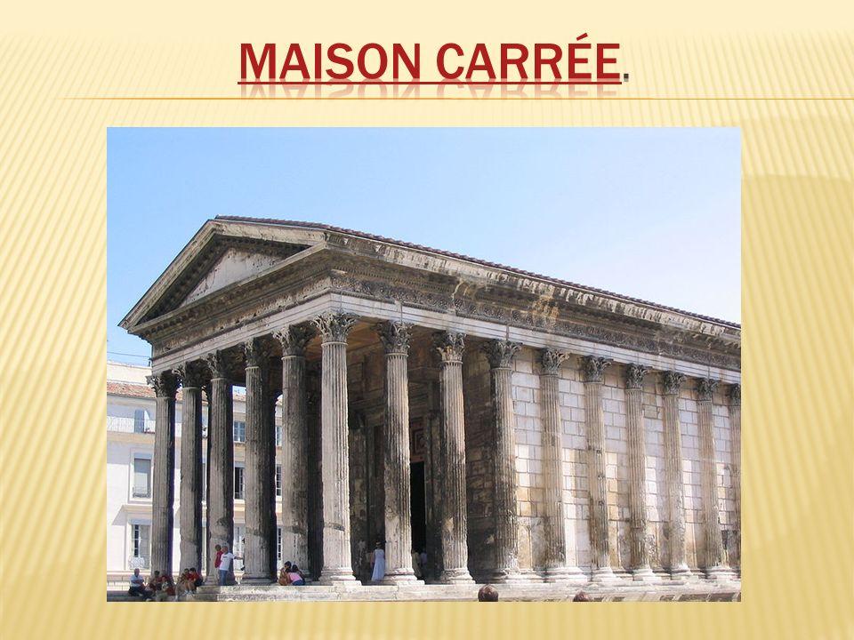 É uma forma de arte decorativa milenar, que nos remete à época greco-romana, quando teve seu apogeu.