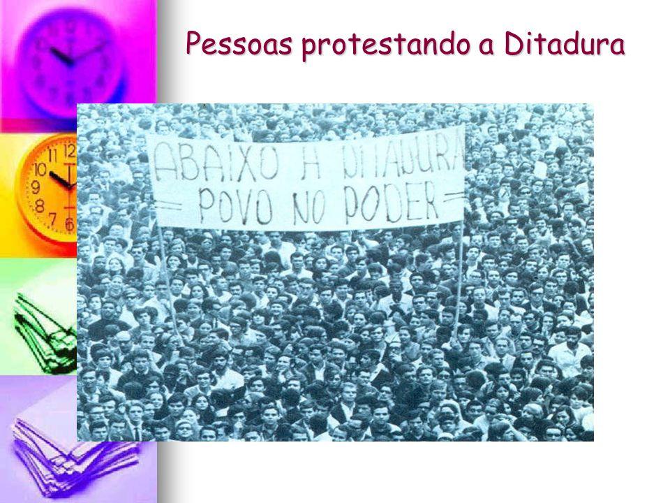 Golpe Militar de 1964 A crise política se arrastava desde a renúncia de Jânio Quadros em 1961.