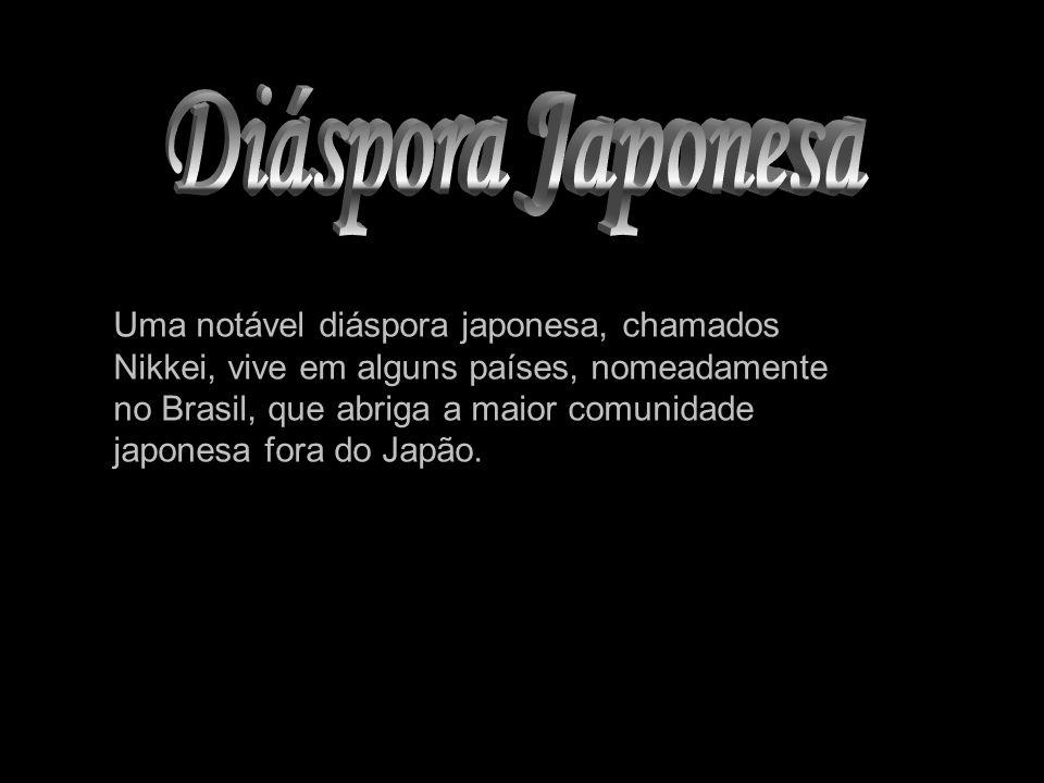 Uma notável diáspora japonesa, chamados Nikkei, vive em alguns países, nomeadamente no Brasil, que abriga a maior comunidade japonesa fora do Japão.