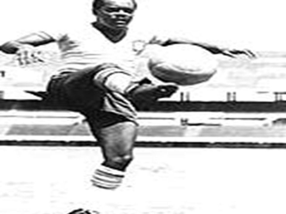 Leônidas da Silva Dizem que foi Leônidas quem marcou o primeiro gol de bicicleta da história do futebol.