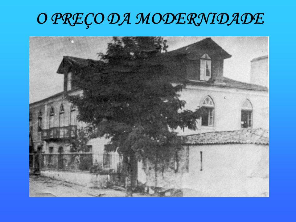 Lembranças de um velho palácio Num certo tempo,no lugar do edifício da esquina ficava uma velha casinha.