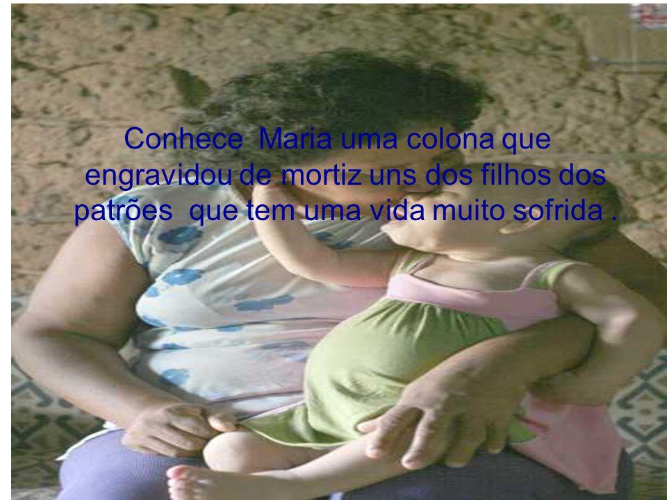Maria sofre pelo um crime que não cometeu nas mãos da justiça brasileira e do seu patriotismo.