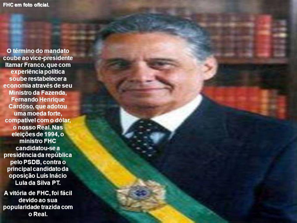 O término do mandato coube ao vice-presidente Itamar Franco, que com experiência política soube restabelecer a economia através de seu Ministro da Faz