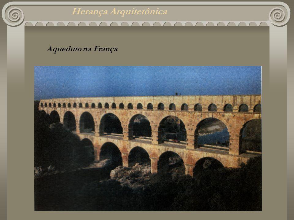 Herança Arquitetônica Aqueduto na França