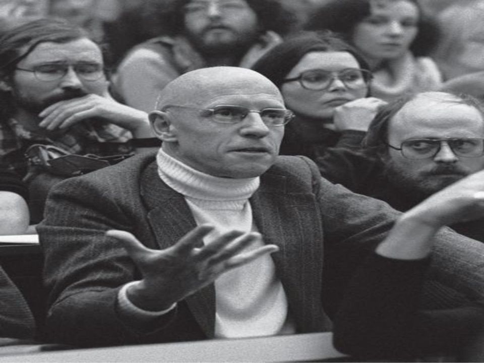 Curso livre de humanidades Nosso programa: 24/02 - Foucault: uma ontologia do presente, uma arqueologia do saber, uma genealogia do poder.
