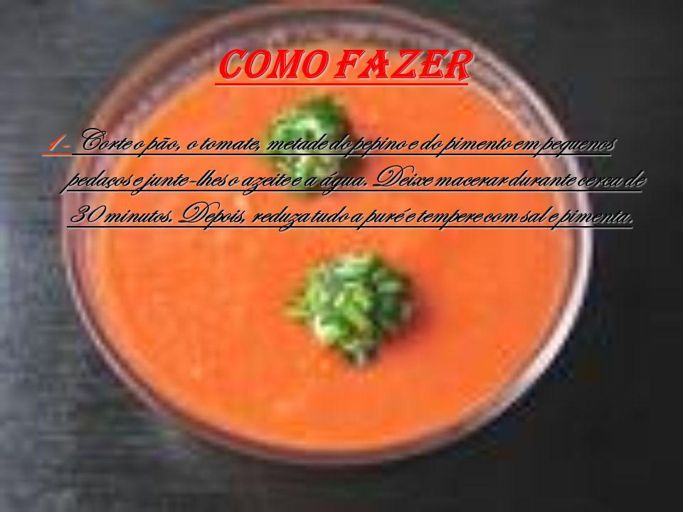 Como fazer 1- Corte o pão, o tomate, metade do pepino e do pimento em pequenos pedaços e junte-lhes o azeite e a água. Deixe macerar durante cerca de