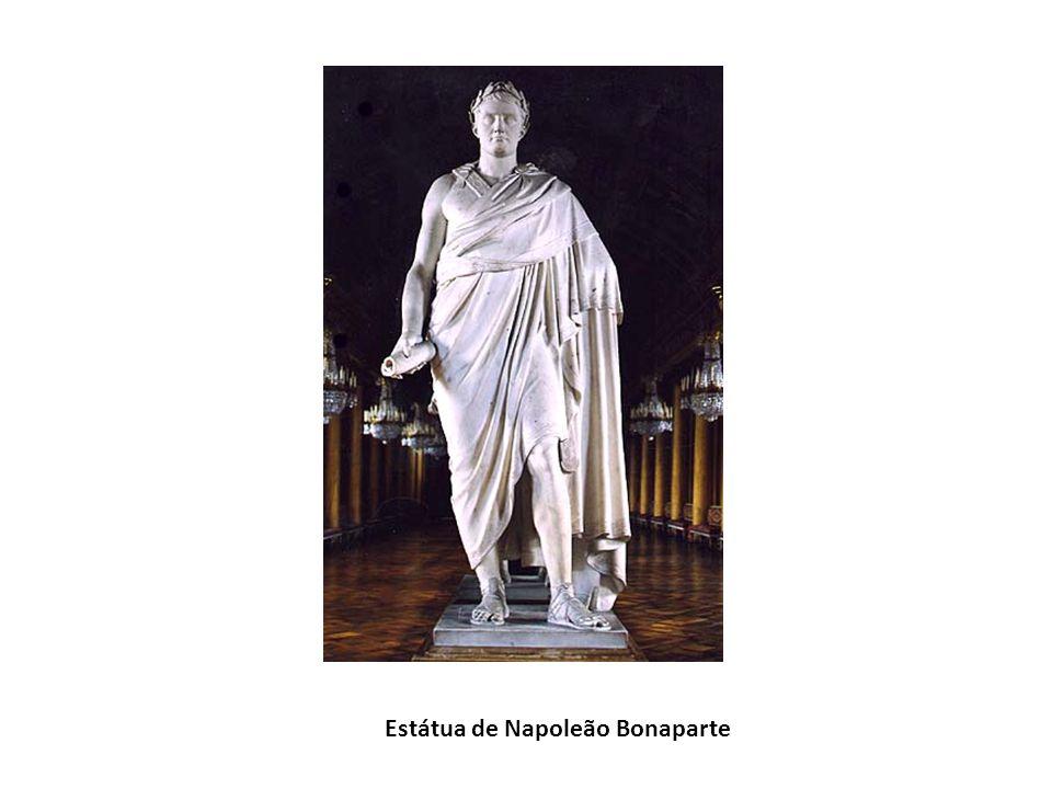 Estátua de Napoleão Bonaparte