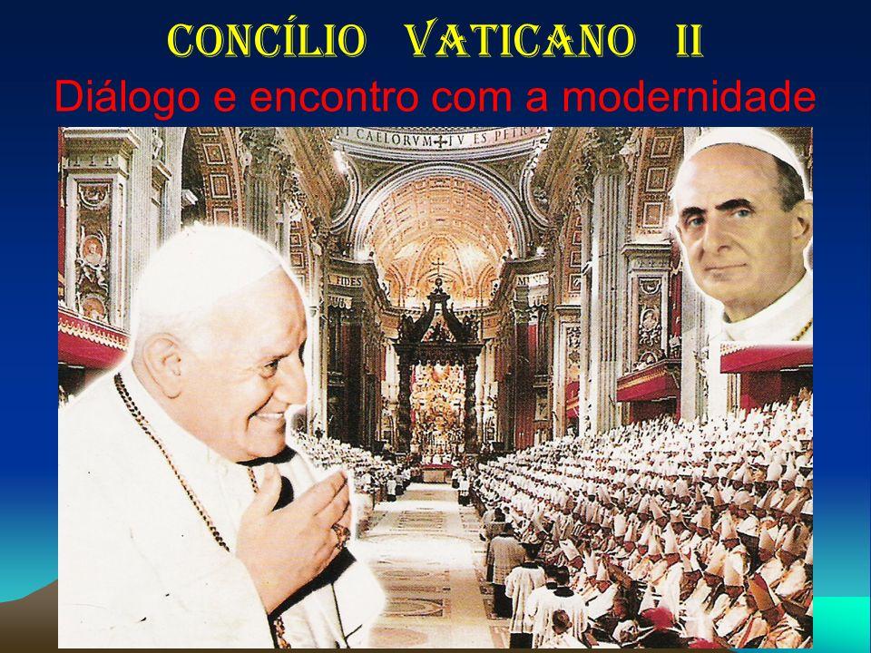 14 Aggiornamento e Diálogo Aggiornamento = atualização, renovação, rejuvenescimento da Igreja.