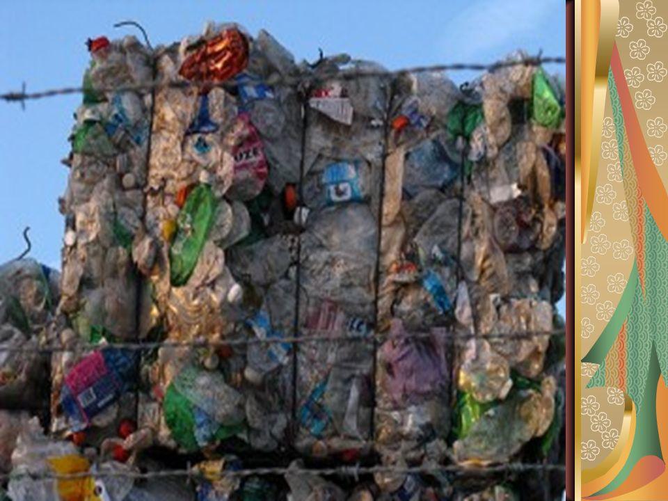 Trabalho de ciências Aluno: Lucas Vinicius, Vanessa, Jéssica Serie 7 ano c Tema: reciclagem de Plástico Professora: Jane