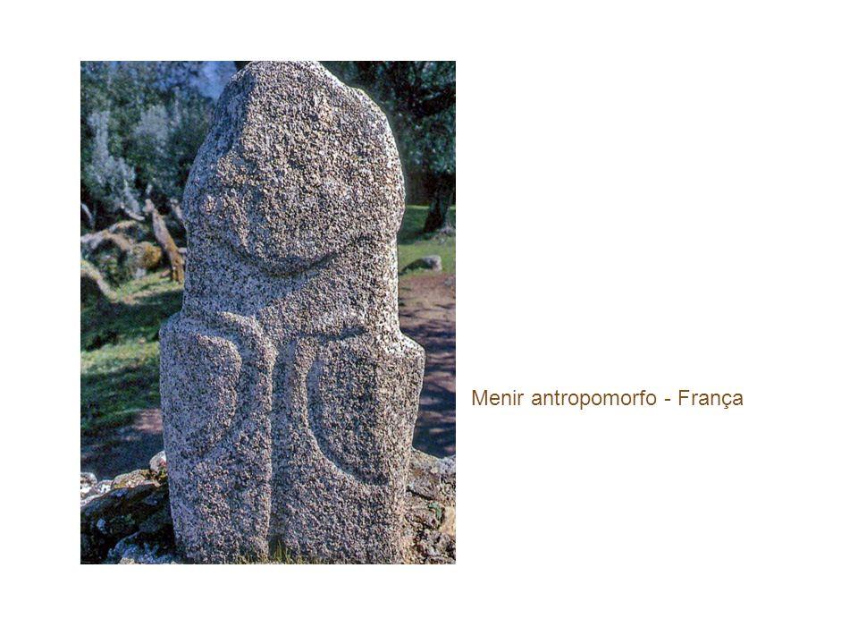 Menir antropomorfo - França