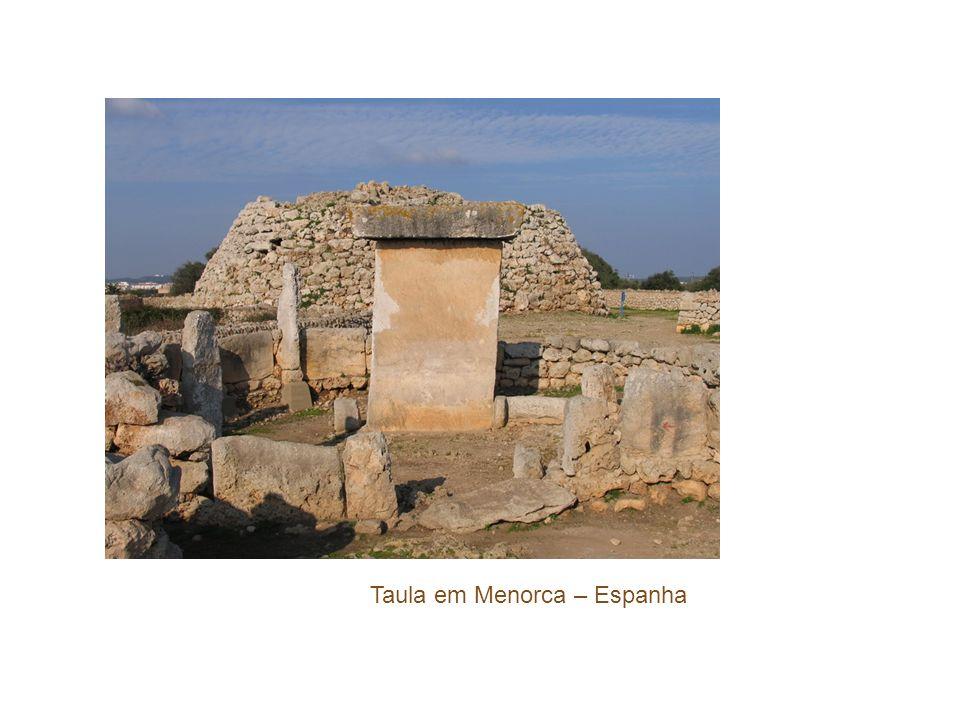 Taula em Menorca – Espanha