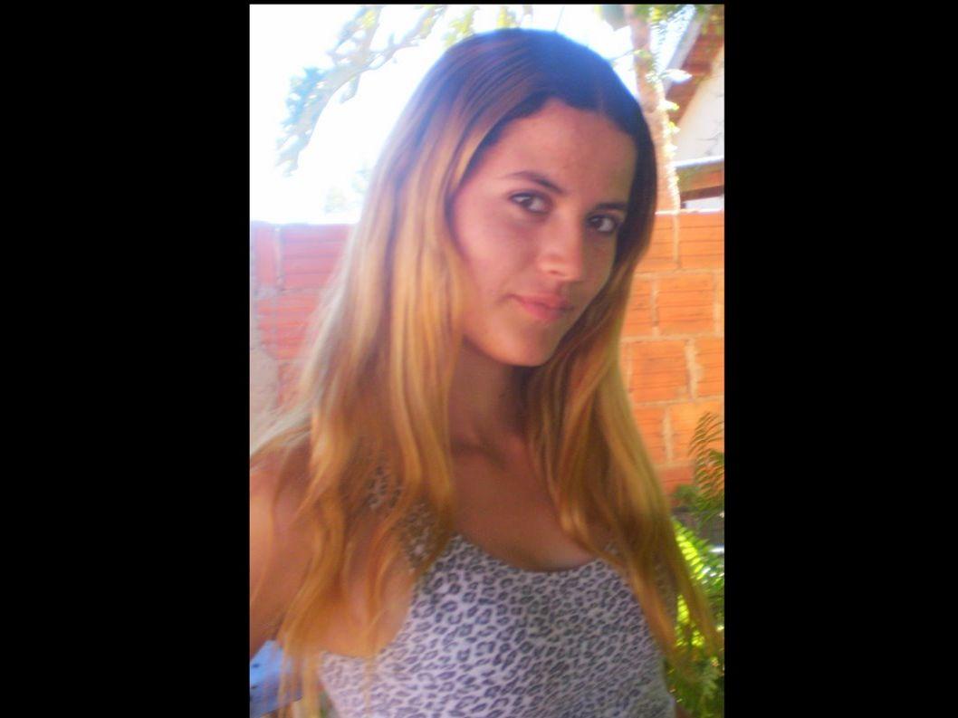 Nomes: Francyni Sobreiro Tatiane Oliveira Nº: 14, 38 2º A Prof. Márcia...