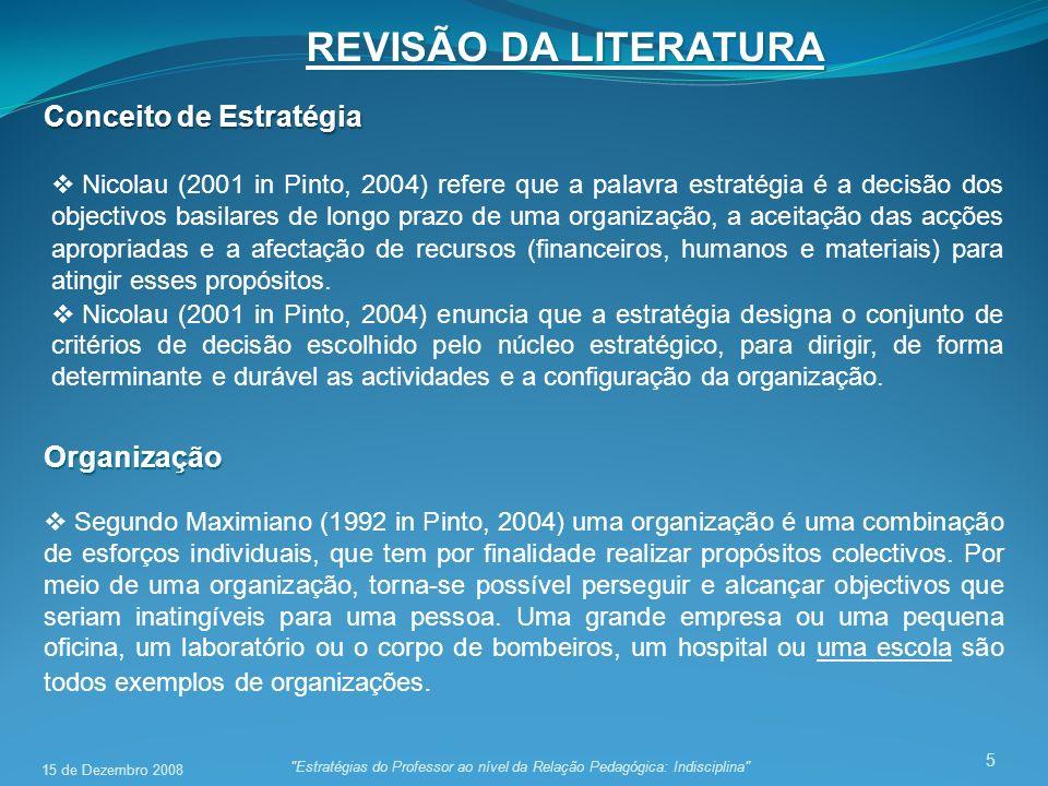 REVISÃO DA LITERATURA 5 Conceito de Estratégia Nicolau (2001 in Pinto, 2004) refere que a palavra estratégia é a decisão dos objectivos basilares de longo prazo de uma organização, a aceitação das acções apropriadas e a afectação de recursos (financeiros, humanos e materiais) para atingir esses propósitos.