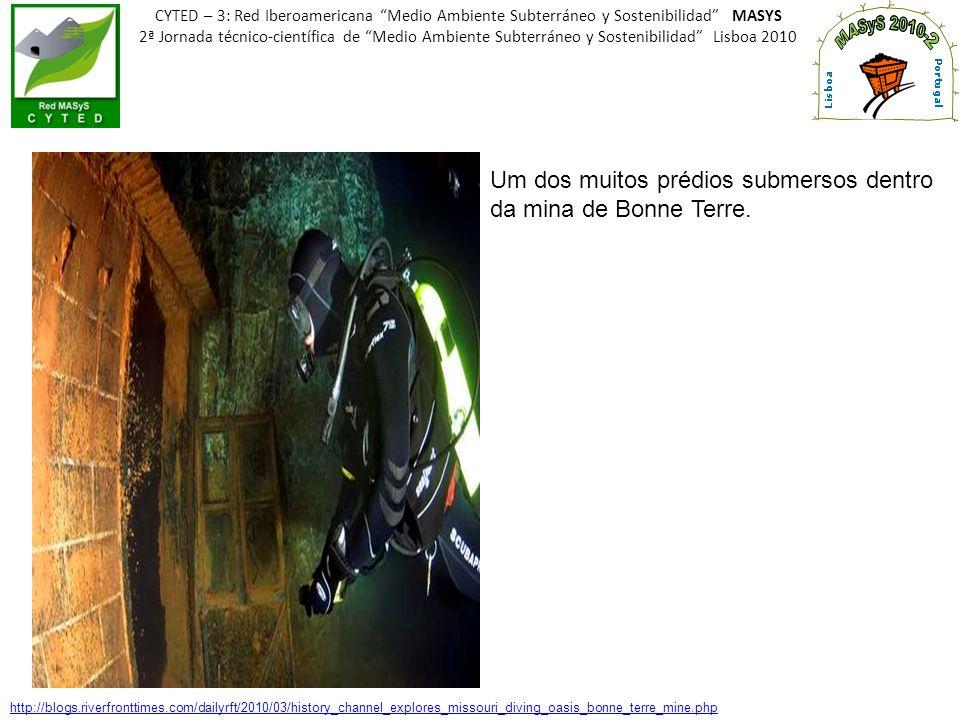 CYTED – 3: Red Iberoamericana Medio Ambiente Subterráneo y Sostenibilidad MASYS 2ª Jornada técnico-científica de Medio Ambiente Subterráneo y Sostenibilidad Lisboa 2010 HISTÓRICO Ouro primário descoberto no início do século XVIII - (1719).