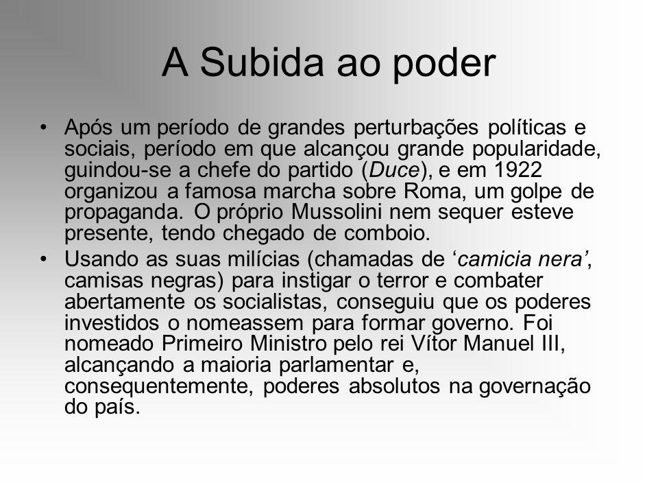 A Subida ao poder Após um período de grandes perturbações políticas e sociais, período em que alcançou grande popularidade, guindou-se a chefe do part