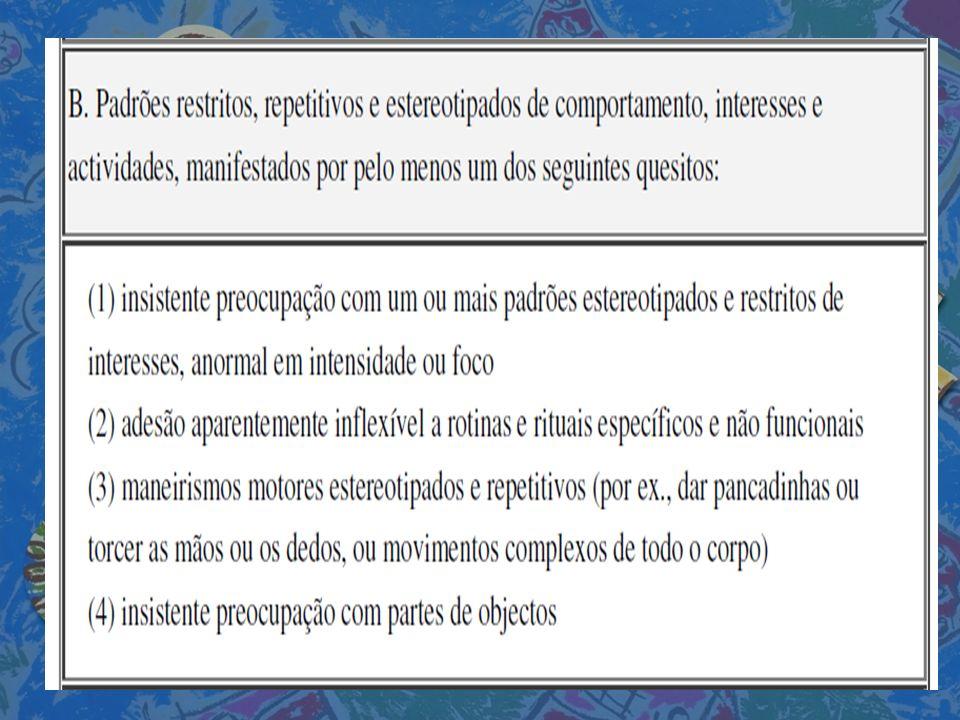 ÁREA DE TRABALHO DE GRUPO – É uma das áreas destinada ao desenvolvimento da interacção social, a partir da concretização de actividades que estimulam a participação de todas as crianças (Exemplos: construções com legos, trabalhos com plasticina, reconhecimento de sons,...).