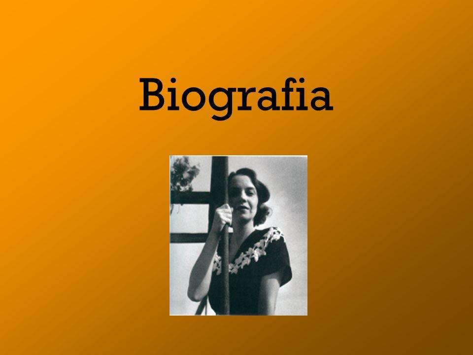 Em 1964 recebeu o Grande prémio da poesia, através de O Livro Sexto,