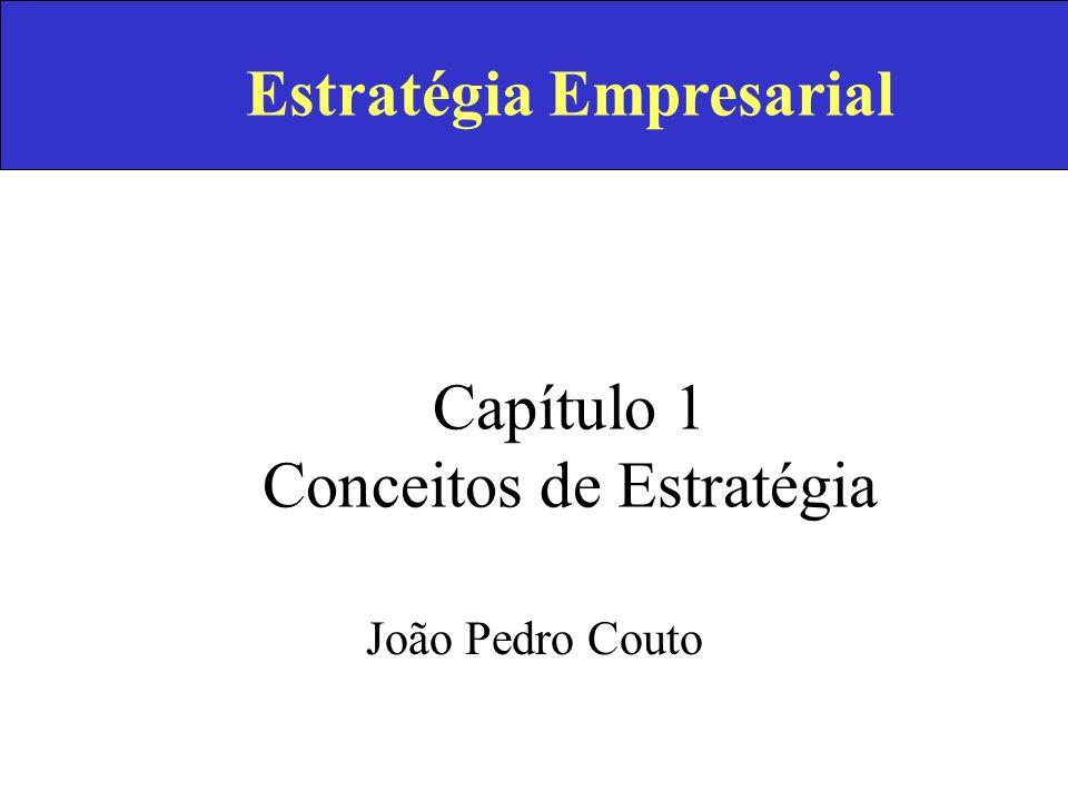 ESTRATÉGIA EMPRESARIAL Pensamento Estratégico Análise do Meio Envolvente Missão, Objectivos e Estratégia Análise da Empresa Produtos-Mercados Desenvolvimento Empresarial Diversificação Análise Estratégica InternacionalizaçãoIntegração Vertical Estrutura Organizacional Política de Gestão Organização e Implementação Estratégia em Portugal 1.1