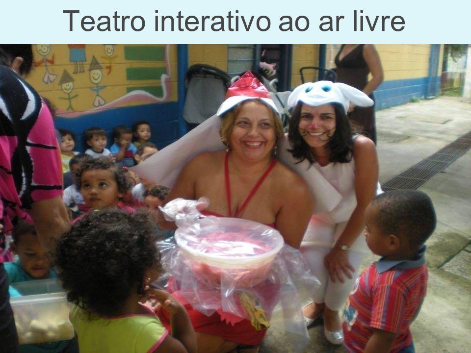 Teatro interativo ao ar livre