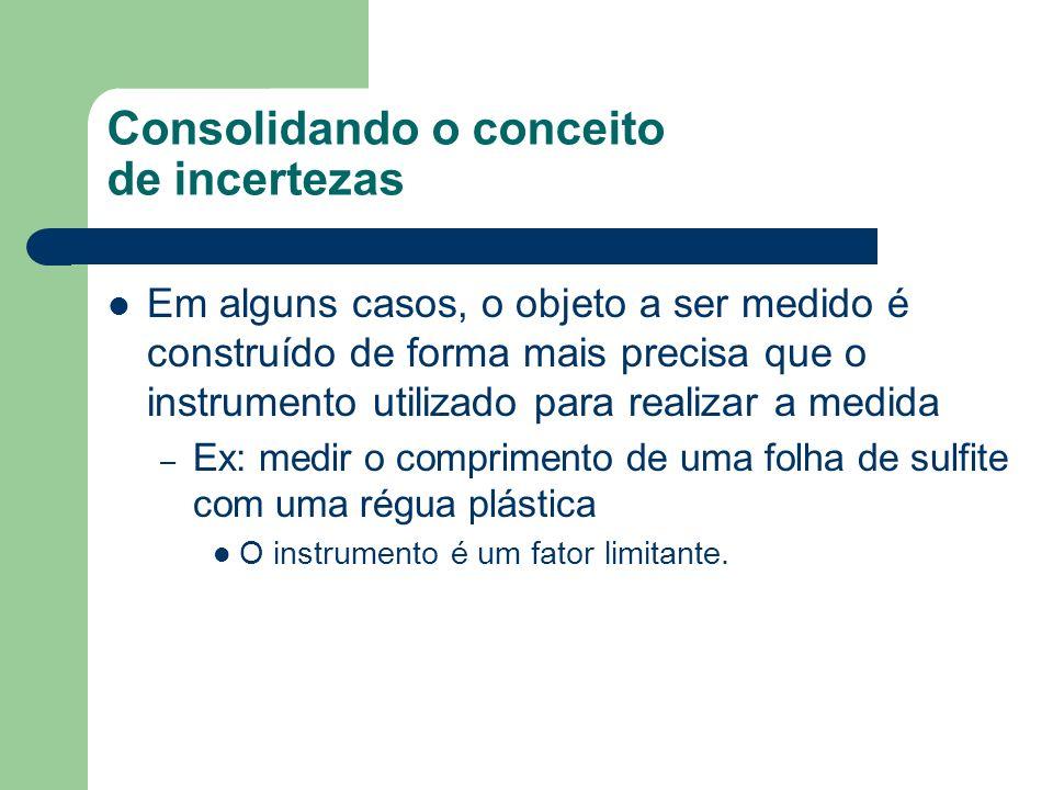 Atividades Para cada objeto plástico de cada grupo, medir: – Massa dos objetos Utilizar a balança digital.