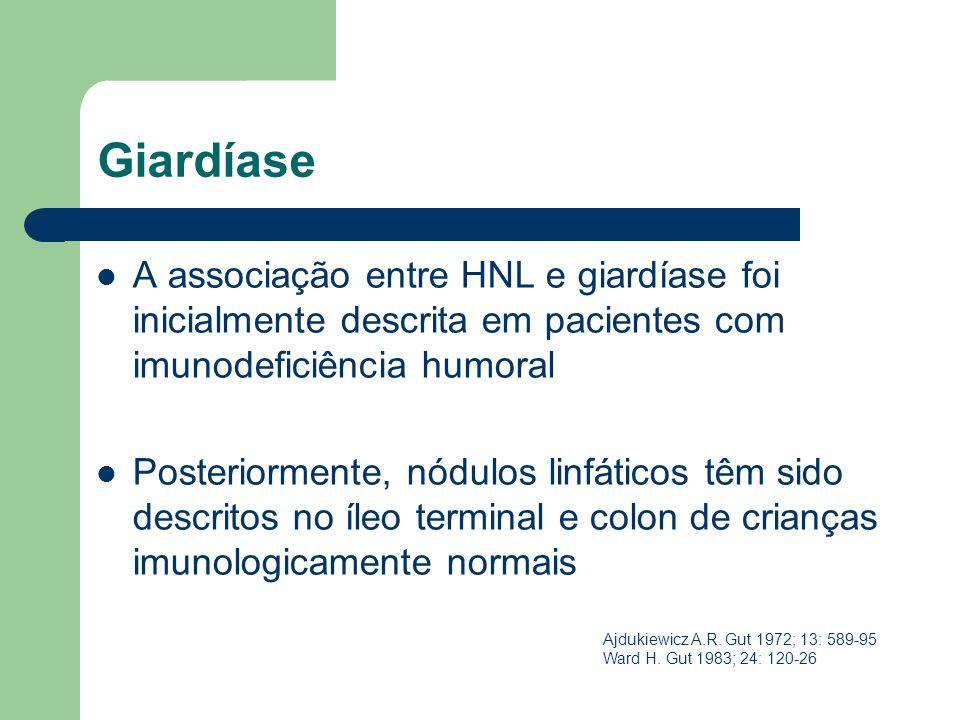 Giardíase A associação entre HNL e giardíase foi inicialmente descrita em pacientes com imunodeficiência humoral Posteriormente, nódulos linfáticos tê