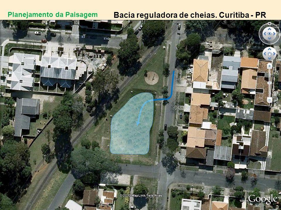 Bacia reguladora de cheias. Curitiba - PR
