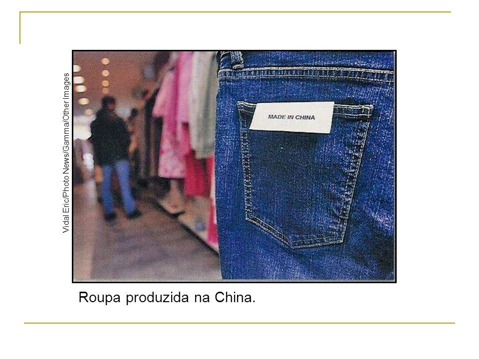 Cultivo de arroz em terraço na China.Reuters/ LatinStock Um deles é a soja, importada do Brasil.
