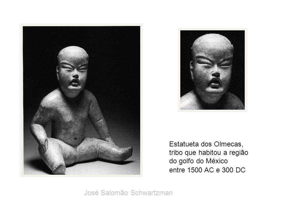 Estatueta dos Olmecas, tribo que habitou a região do golfo do México entre 1500 AC e 300 DC José Salomão Schwartzman