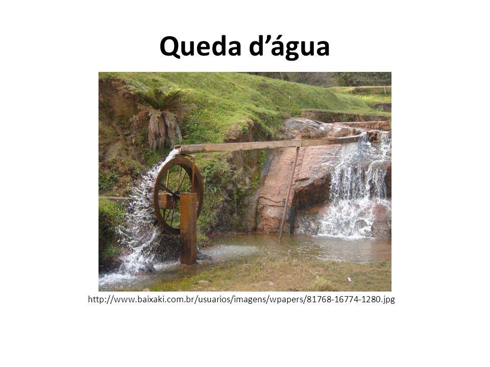 Animais http://www.manaira.net/custom/moagem_com_bois.jpg http://www.obomverdureiro.com.br/Fotos_producao/Carpideira%20c om%20tracao%20animal%20na%20berinjela.jpg