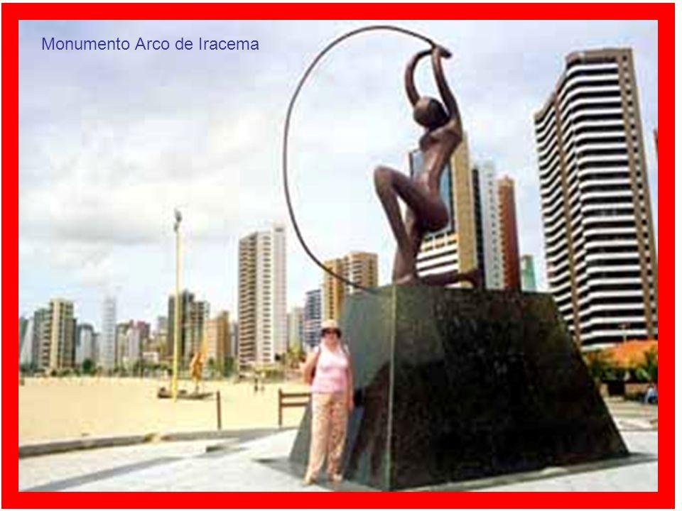 Monumento Arco de Iracema