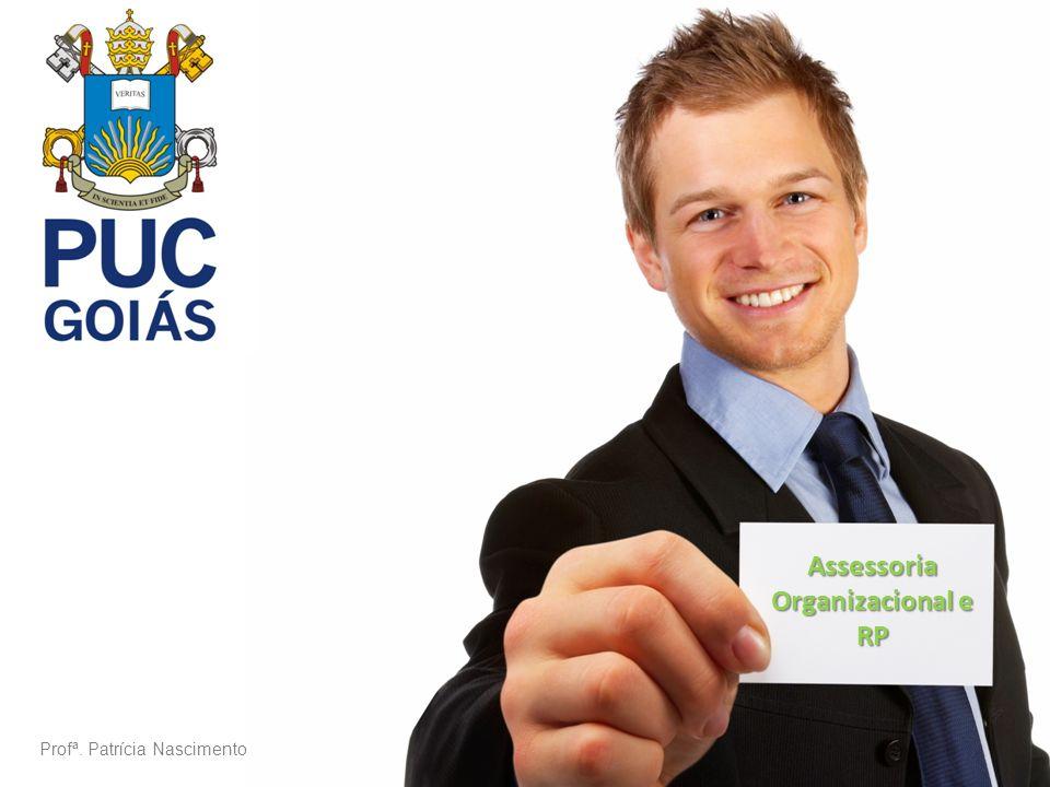 A COMUNICAÇÃO NAS ORGANIZAÇÕES Sistema Comunicacional – Elemento vital para o processamento administrativo interno e do relacionamento das organizações com o meio externo.