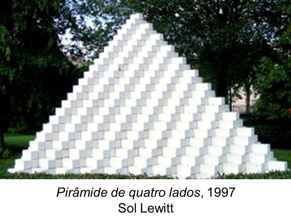 Diálogo com a XXIV Bienal A obra do artista polonês Miroslaw Balka está inserida no Núcleo das Representações Nacionais da XXIV Bienal de São Paulo, sob a curadoria de Anda Rottenberg.
