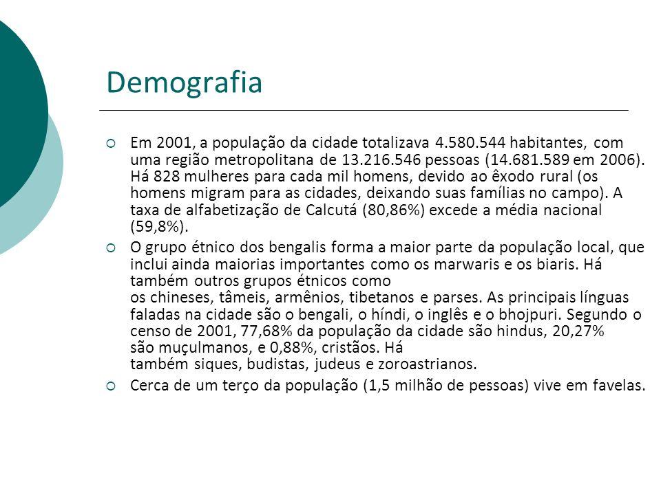 Demografia Em 2001, a população da cidade totalizava 4.580.544 habitantes, com uma região metropolitana de 13.216.546 pessoas (14.681.589 em 2006).