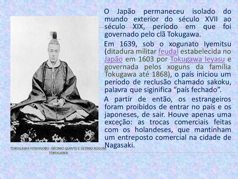 Quando os norte-americanos aportaram no Japão em 1853, pondo fim ao isolamento do país e ao domínio dos Tokugawa, encontram um país ainda feudal e defasado economicamente em relação ao mundo ocidental.