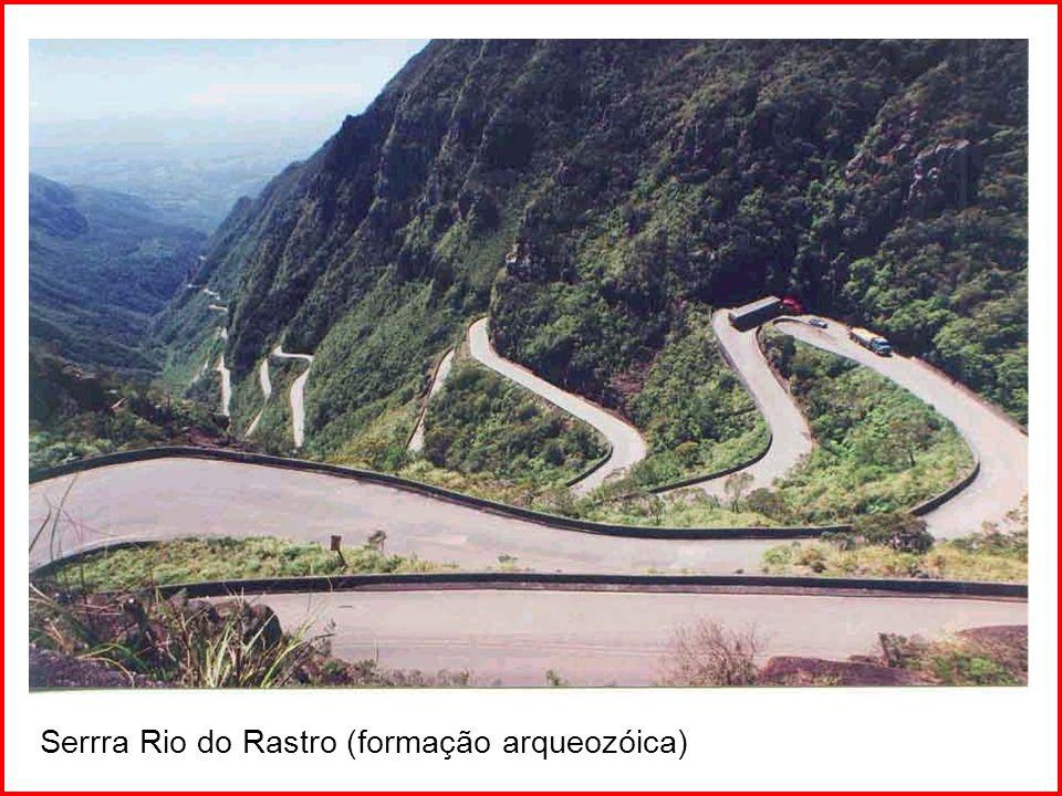 Estrada da Graciosa – Serra do Mar (PR) - (formação arquozóica)