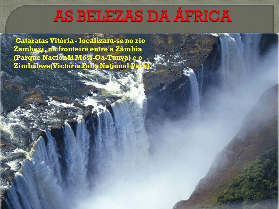 Cataratas Vitória - localizam-se no rio Zambezi, na fronteira entre a Zâmbia (Parque Nacional Mosi-Oa-Tunya) e o Zimbábwe(Victoria Falls National Park