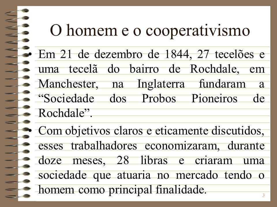 4 A sociedade prosperava economicamente, funcionando de forma democrática e exercendo sua função social.