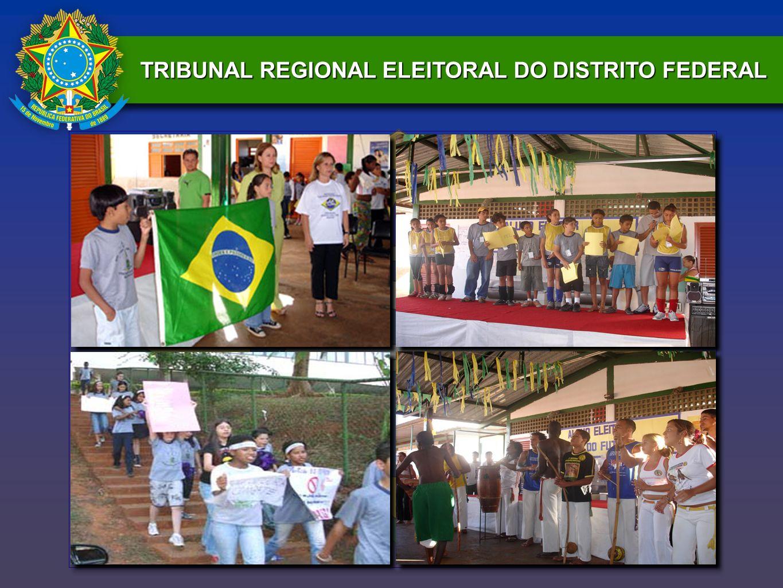 Uma semana antes da eleição dos Partidos de Políticas Públicas os alunos-mesários e os professores - presidentes da mesa, receberam treinamento dado pelo TRE-DF, para se prepararem para o dia da eleição.