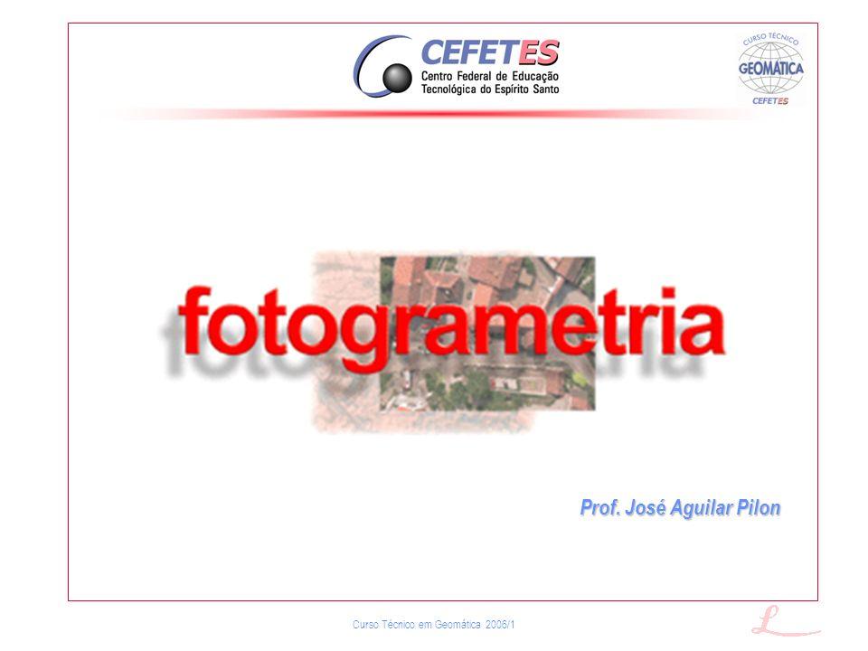 Curso Técnico em Geomática 2006/1 Bases Fundamentais da Fotogrametria (2/6) O modelo matemático considera que a relação entre um ponto objeto, no terreno, e o seu homólogo, na imagem, é uma perpectiva central, cujos elementos principais são: 1.