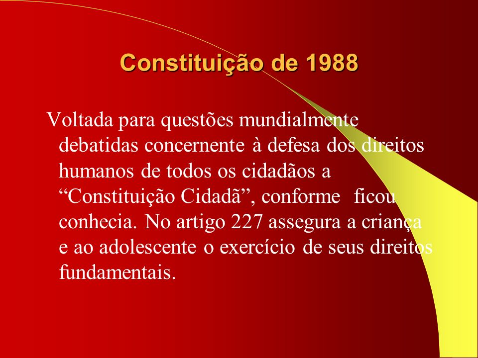 ESTATUTO DA CRIANÇA E DO ADOLESCENTE Aprovado em 13 de julho de 1990, opera a integração dos direitos políticos e jurídicos criando a figura do cidadão criança e do cidadão adolescente plenos de direitos e de salvaguardas para o seu desenvolvimento físico, psicológico e social;