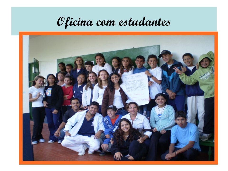 Oficina com estudantes