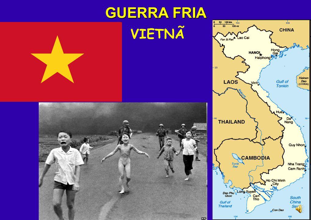 DESCOLONIZAÇÃO ASIÁTICA INDOCHINA Invasão japonesa (1941 – 1945) Ocupação francesa (1946 – 1954) Guerra com os EUA (1961 – 1973/75) VIETNÃ DO NORTE (s