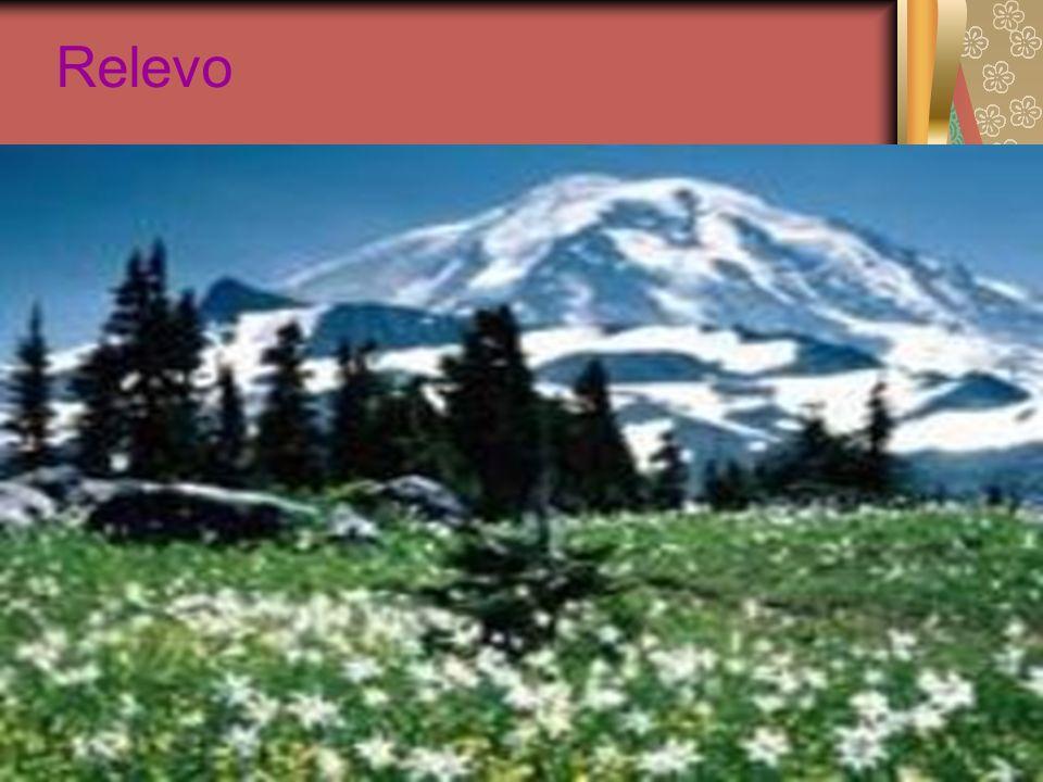 A América Central é uma área montanhosa e uma das regiões com maior número de vulcões ativos.