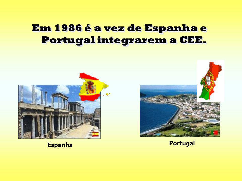 Em 1981 a Grécia adere à Comunidade Económica Europeia. Em 1981 a Grécia adere à Comunidade Económica Europeia. Grécia